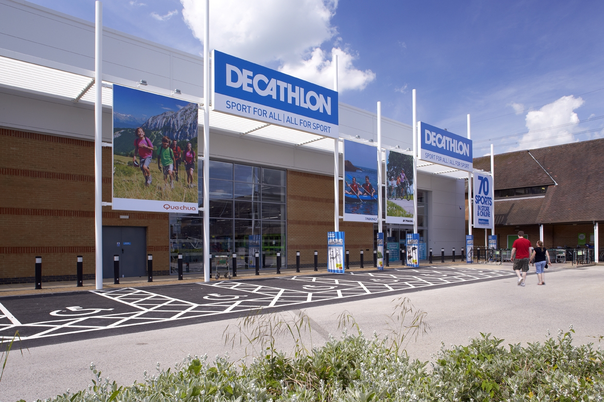 decathlon Definition of decathlon - an athletic event taking place over two days, in which each competitor takes part in the same prescribed ten events (100 metres sp.
